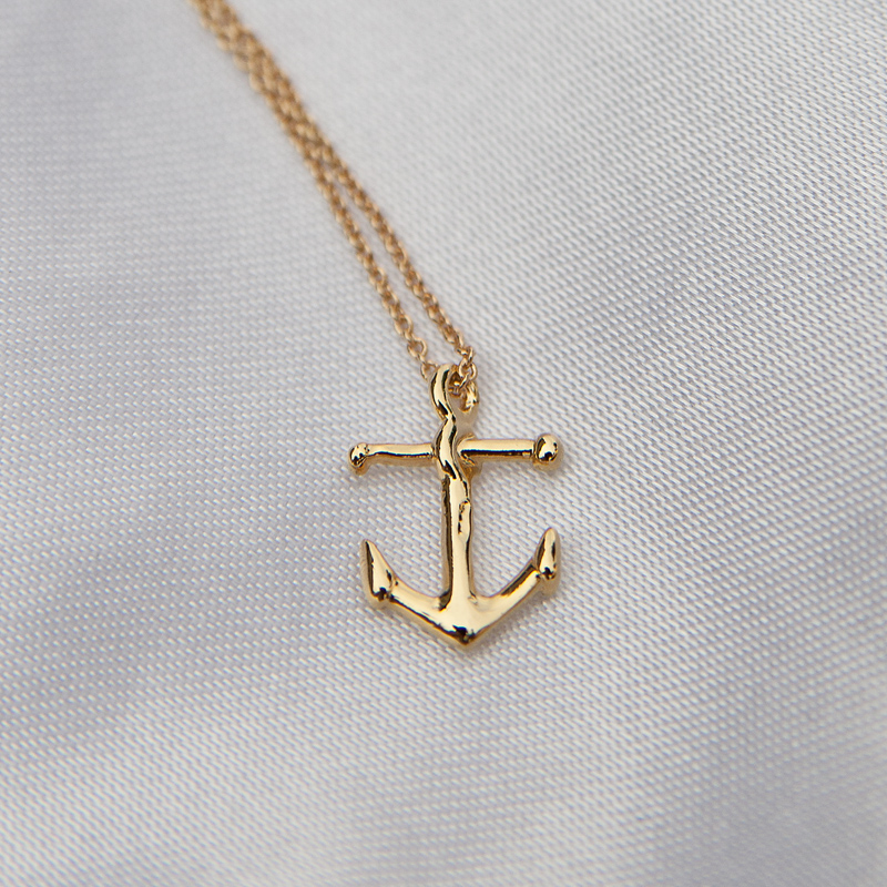 nautical-anchor-necklace